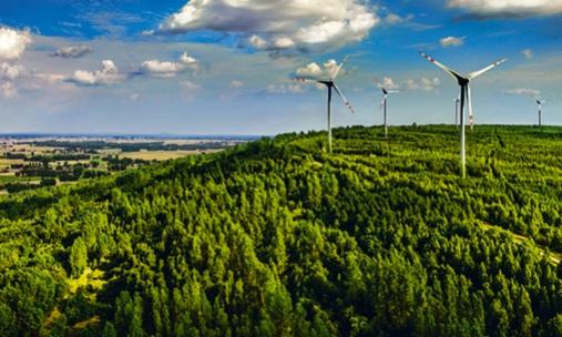 Wiatraki PGE na Górze Kamieńsk
