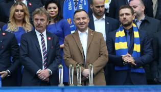 Prezydent Andrzej Duda (w środku)