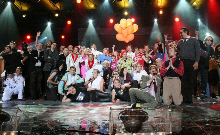 Wspólne zdjęcie po zakończeniu Mazurskiej Nocy Kabaretowej w 2008 roku