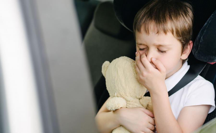 Dziecko źle się czuje w czasie podróży