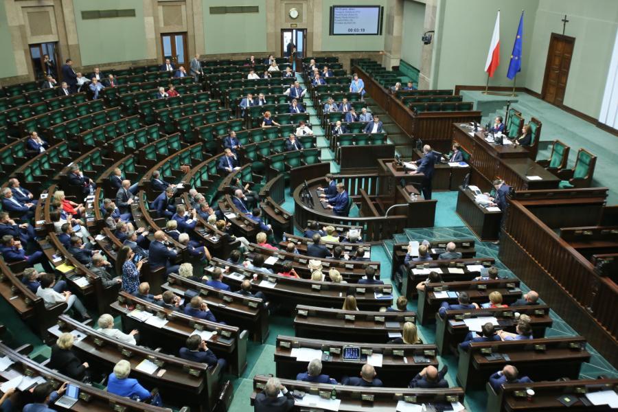 Posiedzenie sejmu, debata nad wprowadzeniem opłaty drogowej