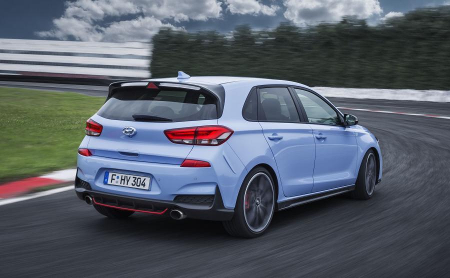 Hyundai i30 N brał dwukrotnie udział w największym teście wytrzymałości na świecie - 24-godzinnym wyścigu ADAC na torze Nurburgring