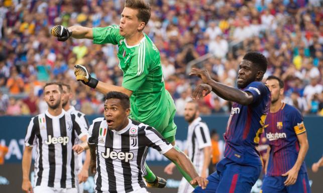 1d3e795599db5 Wielki pech Szczęsnego. Złapał kontuzję tuż po debiucie w Juventusie  (2.00 17)