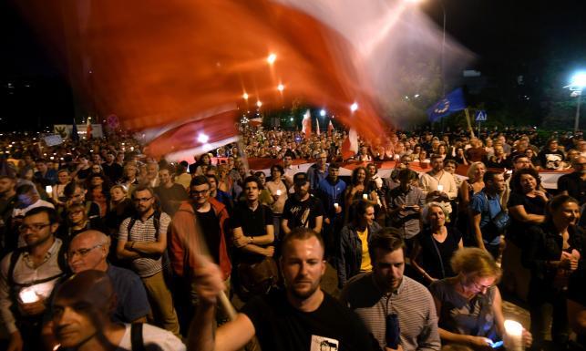 W jakim charakterze sędzia Żurek brał udział w protestach przed Sejmem? Rzecznik dyscyplinarny sprawdza