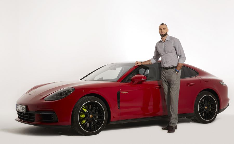 Marcin Gortat i Porsche Panamera 4 E-Hybrid