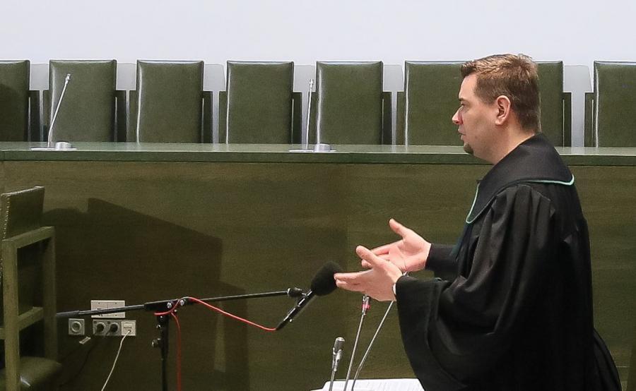 Prof. Michał Królikowski na sali sądowej w roli adwokata