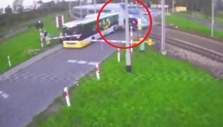 Autobusem wjechał pod pędzący pociąg Pendolino
