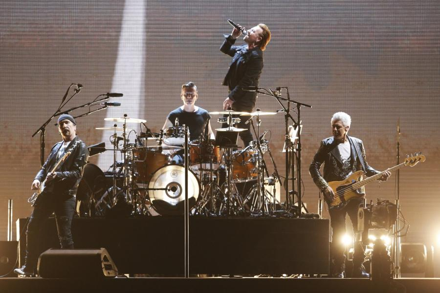 "U2 podczas trasy ""The Joshua Tree 2017"" - koncert w Santiago de Chile 14.10.2017"