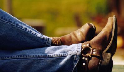 Wydłuż swoje nogi dżinsami