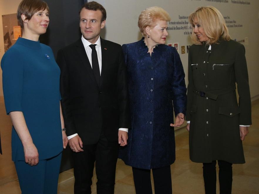 (Od lewej) Kersti Kaljulaid, Emmanuel Macron, Dalia Grybauskaite i Brigitte Macron