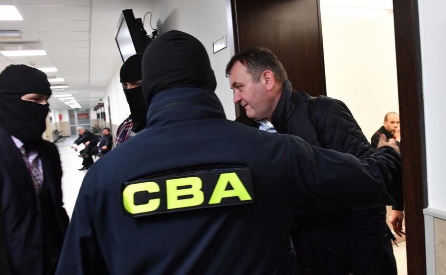 Stanisław Gawłowski i funkcjonariusze CBA