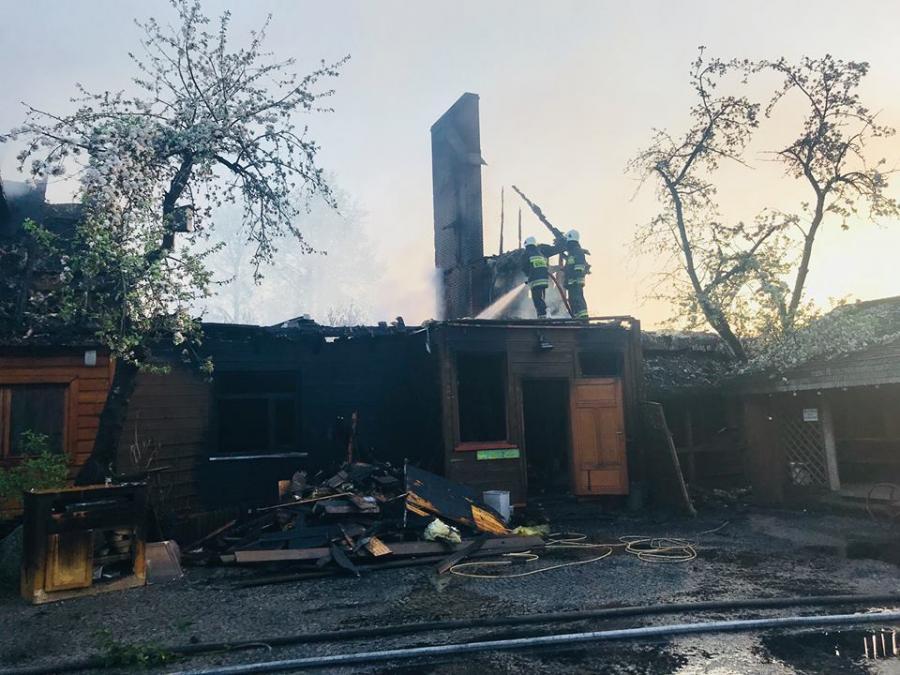 Tatarska Jurta po pożarze