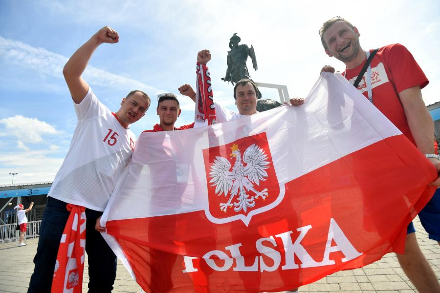 Polscy kibice opanowali Moskwę. Biało-czerwono na ulicach rosyjskiej stolicy