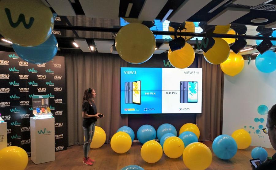 Joanna Jóźwik prezentuje najnowsze smartfony Wiko