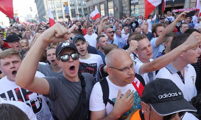 Szefowa stołecznego biura bezpieczeństwa pracowała w resorcie Kiszczaka? Lichocka: PO reprezentuje postkomunistyczne interesy