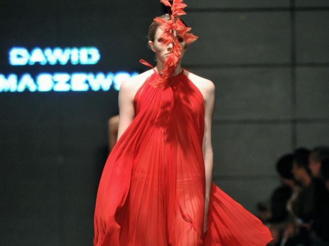 Dawid Tomaszewski na Fashion Week Poland: kolekcja wiosna-lato 2011