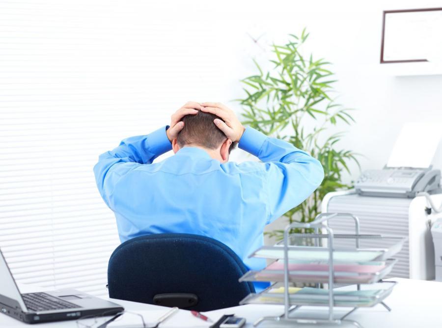 Trzech na czterech pracowników zrobiło krzywdę szefowi