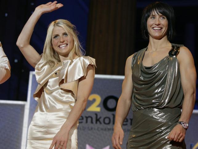 Norweskie biegaczki w sukienkach