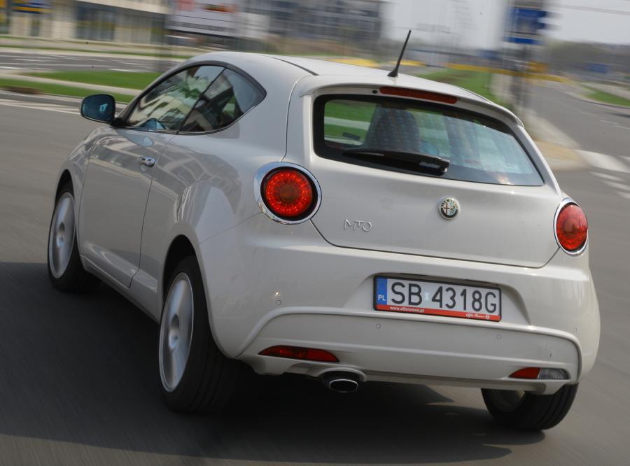 Alfa Romeo kręci kierowców! Także w Polsce