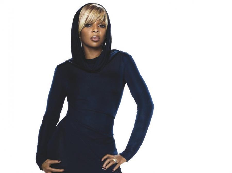 Mary J. Blige śpiewa i pomaga