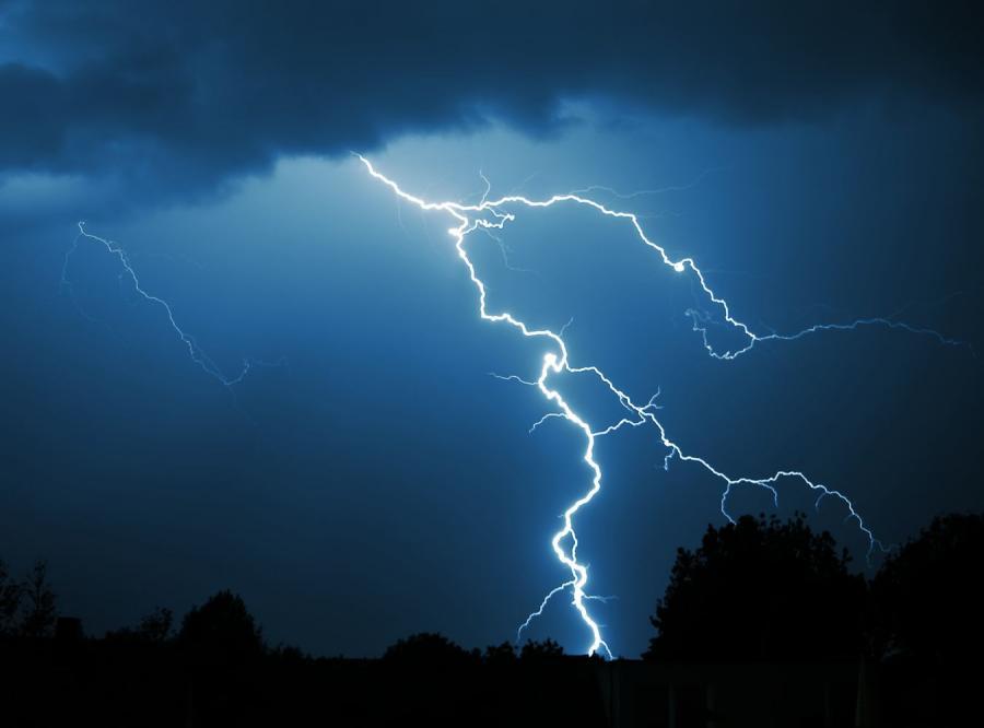 Burze na Śląsku. Tysiące osób bez prądu