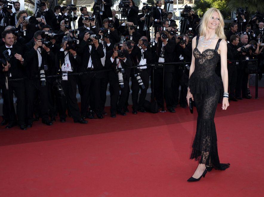 Claudia Schiffer na tegorocznym, 64 Festiwalu Filmowym w Cannes