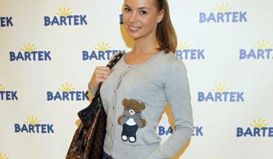 """Izabela Janachowska na wieczorze charytatywnym marki """"Bartek""""."""