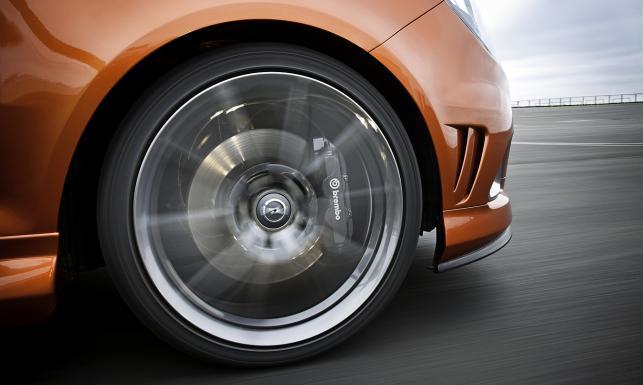 Co daje polisa OC, czyli obowiązkowe ubezpieczanie samochodu