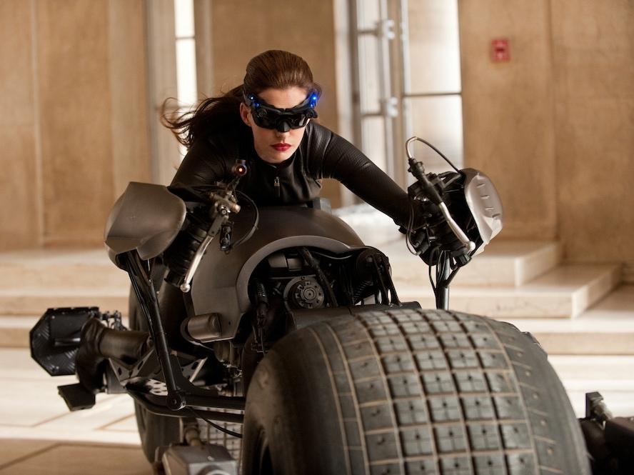 Anne Hathaway spełniła marzenie wcielając się w postać Kobiety-Kota