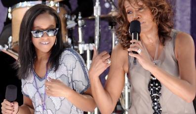 Whitney z córką Bobbi