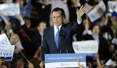 Romney, faworyt republikańskiego establishmentu, zwyciężył w Massachusetts, Vermont i Wirginii