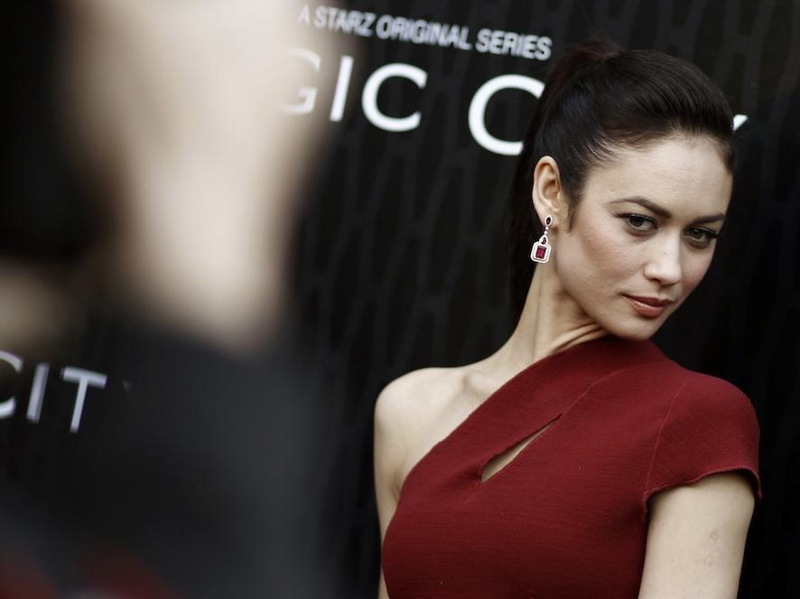 Olga Kurylenko nagrywa z producentem Madonny