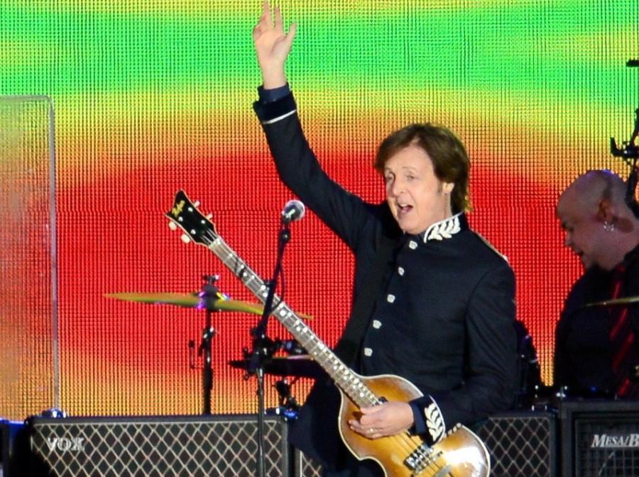 Paul McCartney zagrałna jubileuszu Elżbiety II