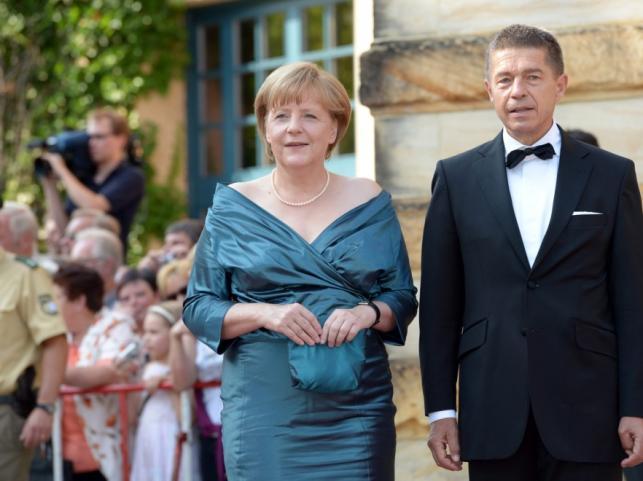 Angela Merkel i Joachim Sauer na Bayeruth Festival 2012