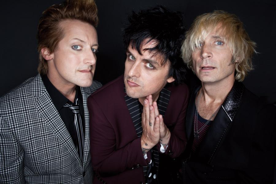 Green Day przedstawia \