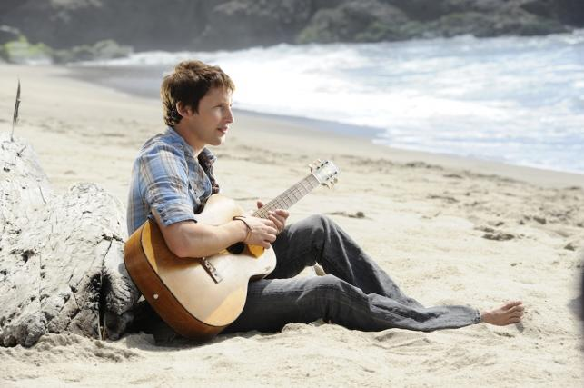 "James Blunt na zdjęciu z sesji do ""Some Kind of Trouble"" (2010)"