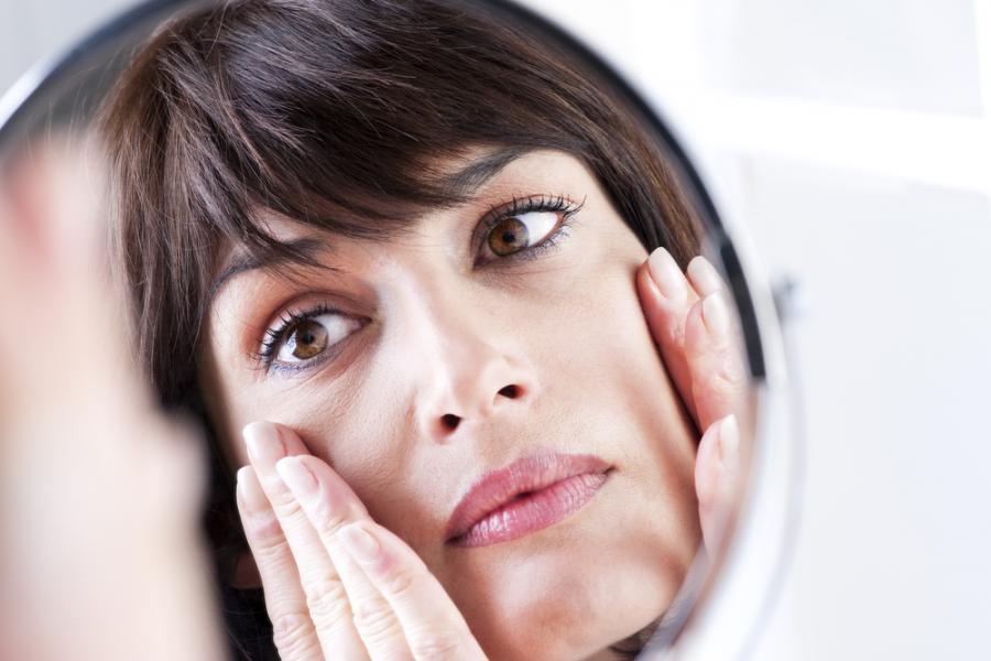 Faktor Penyebab Flek Hitam Di Wajah