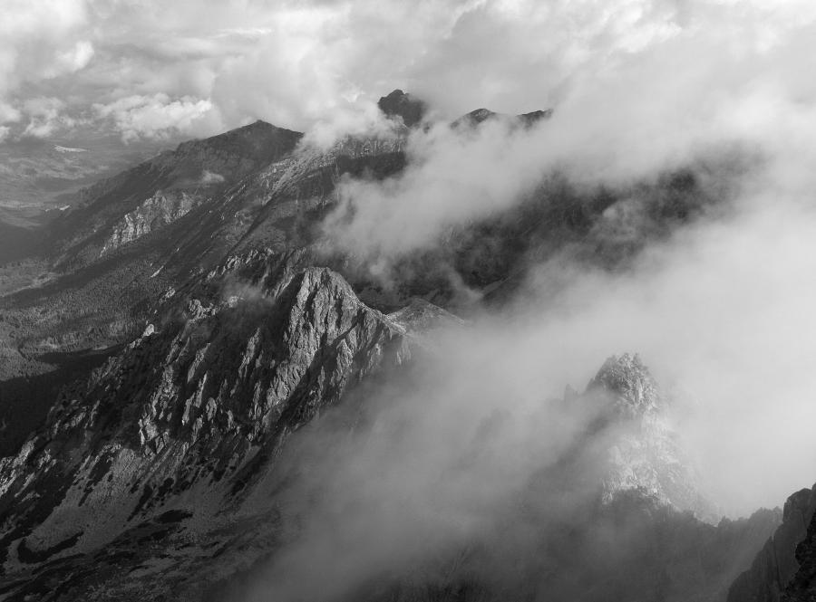 Tetry góry mgła