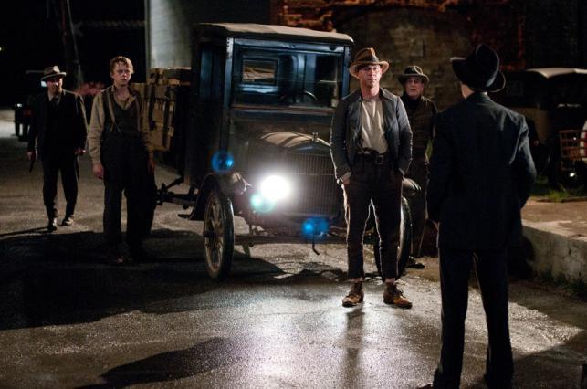"""Tom Hardy i Shia LaBeouf w filmie """"Gangster"""""""