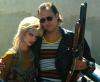 """Juliette Lewis i Woody Harrelson w filmie """"Urodzeni mordercy"""""""