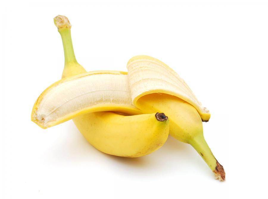 Skórka od banana do wybielania zębów