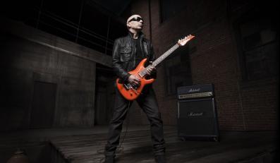Joe Satriani zapowiada aubiografię