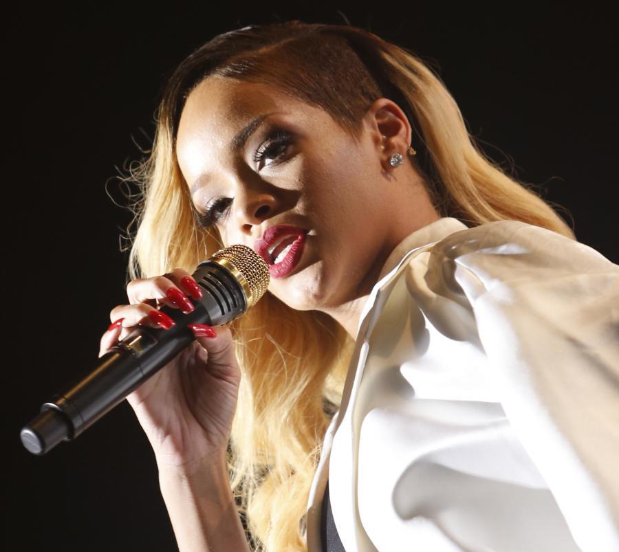 Rihanna wygrywa proces z firmą Top Shop