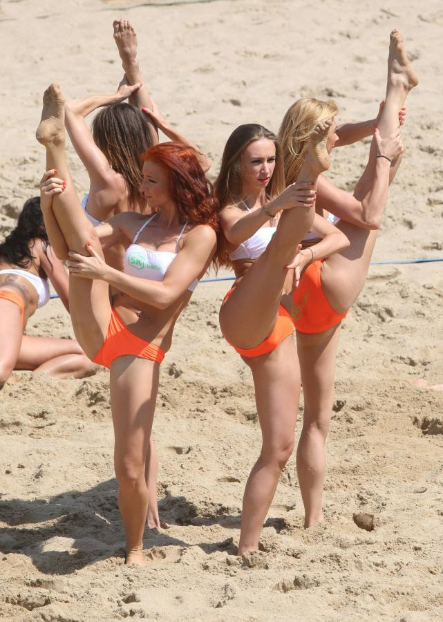 dziewczyny na plaży Elbląg