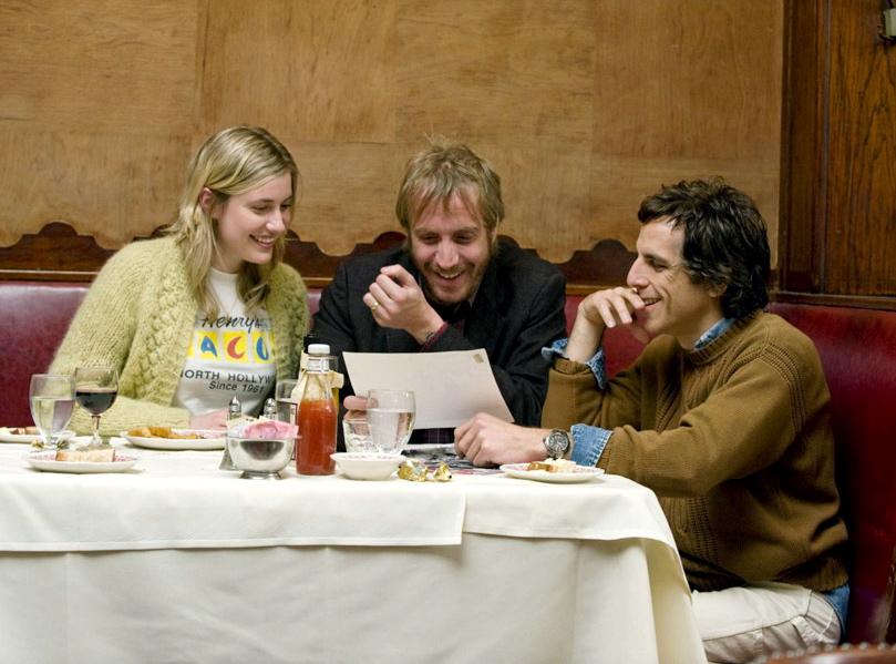 Greta Gerwing, Rhys Ifans i Ben Stiller w filmie \