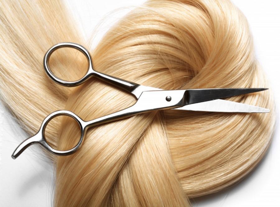 Handel kobiecymi włosami kwitnie