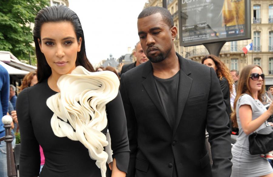 Kanye West oświadczył się Kim Kardashian na stadionie