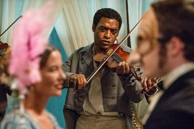"""Chiwetel Ejiofor w filmie """"Zniewolony. 12 Years a Slave"""""""