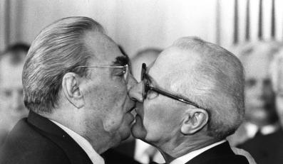 Leonid Breżniew i Erich Honecker