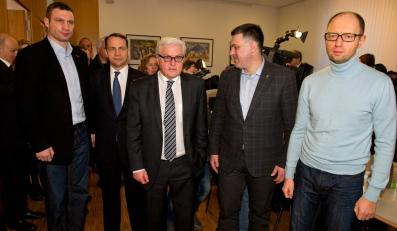 Frank-Walter Steinmeier i Radosław Sikorski spotkali się z liderami ukraińskiej opozycji Witalijem Kliczo, Arsenijem Jacenikiem i Olegiem Tjagnibokiem